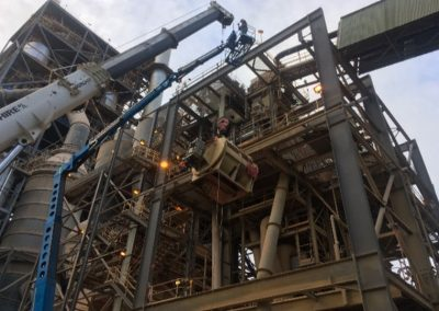 Lifting-out-the-Rotary-Feeder